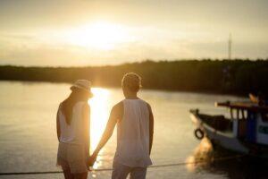 couple-919018_640